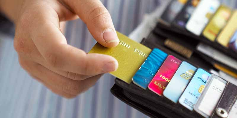 4 Things To Consider When Signing Up For A Cash Back Credit Card