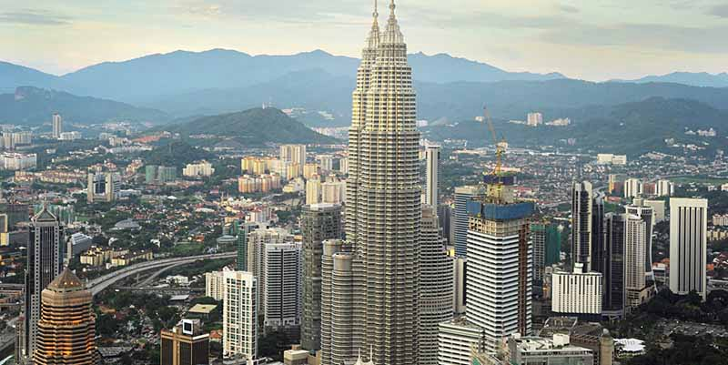 Malaysia To Pick Up Growth In 2017, Says IMF