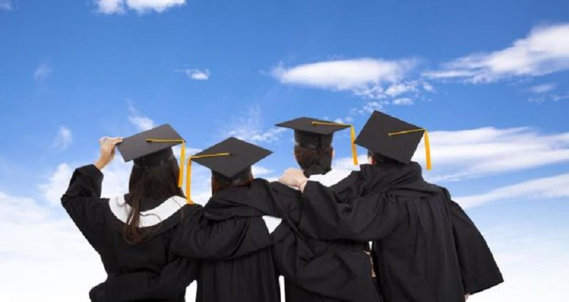 PSD Overseas Scholarships Only For 20 SPM Top Scorers