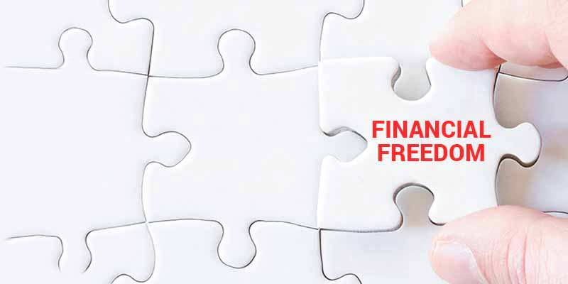 4 Career & Investment Strategies For Employees To Attain Financial Freedom