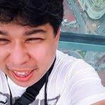 Selfie at the Rainbow Skywalk, Komtar Penang. Facebook pic.
