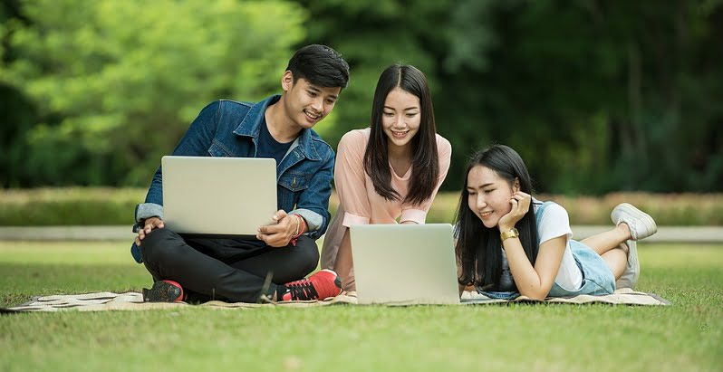 10 Privileges For Students In Malaysia