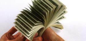 cash(1)